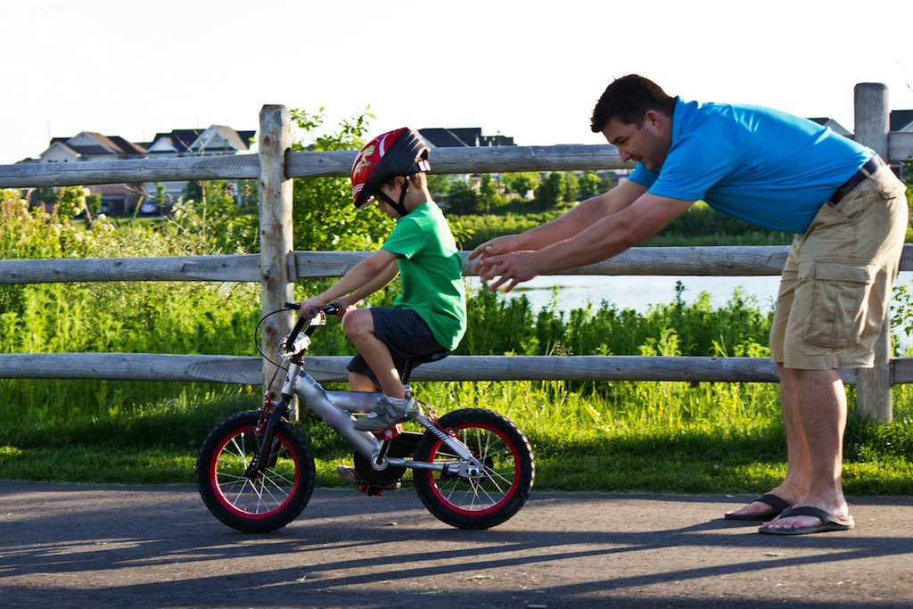 Child-Learning-To-Bike.jpg